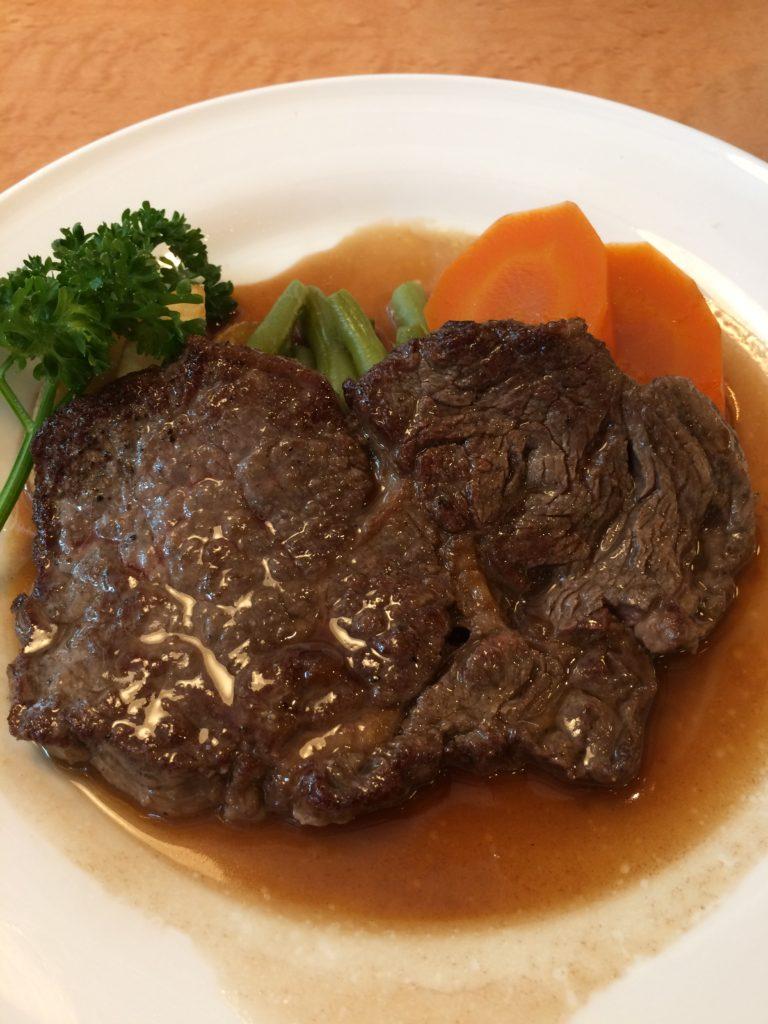 錦糸町のレストランシラツユのビーフステーキランチの写真