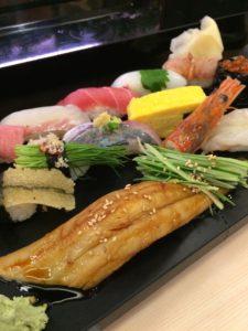 すしざんまい錦糸町店で食べた特選すしざんまいの写真