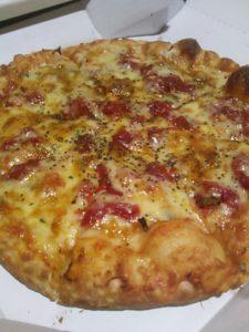 ピザポケットのピザ(ガーリックトマト)の写真