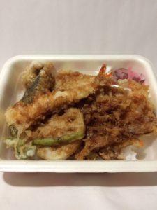 てんやの桜海老天丼弁当の写真