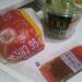 マクドナルドのエッグチーズバーガーとサイドサラダの写真